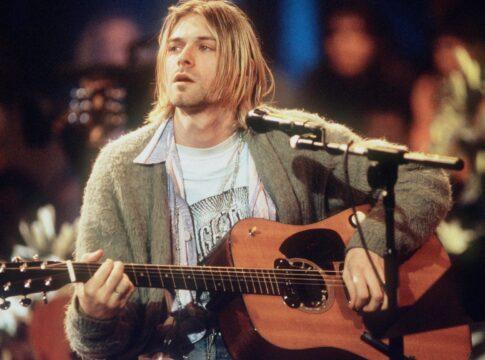 chitarra kurt cobain asta nirvana mtv unplugged