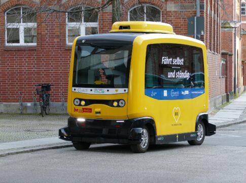 Guida autonoma: +30% entro il 2021