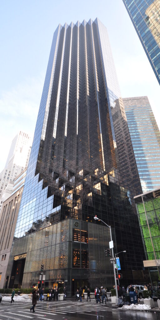 Trump tower tasse non pagate nyt new york times accuse biden presidente usa fisco elusione bancarotta twitter risposta