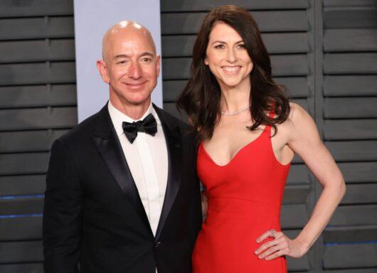 La ex-moglie di Jeff Bezos compie donazione in beneficenza da 2,7 miliardi