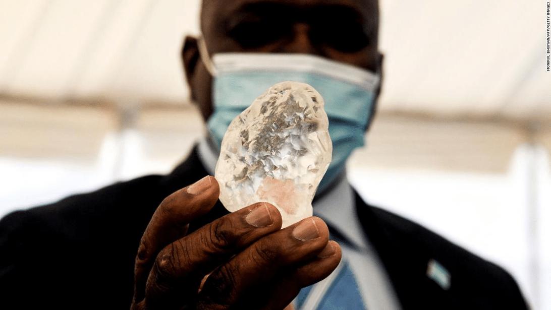 Botswana President with the diamond