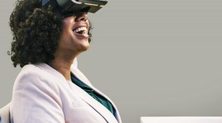 Dallo streaming alla realtà virtuale: come si evolve il mondo dell'intrattenimento online